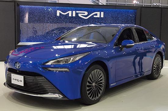 新型ミライは710万~805万円(税込み)