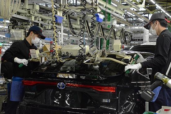 """トヨタ高岡工場 ハリアー生産の様子(2020年6月)<br><span class=""""fontSizeS"""">(写真:トヨタ自動車)</span>"""