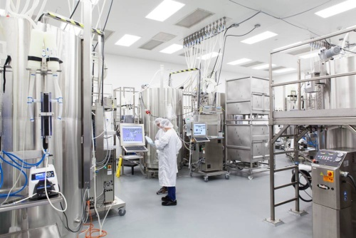 Contract manufacturing is a rapidly growing field in pharmaceutical raw materials and intermediates