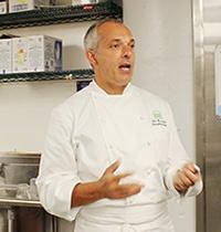 シェイクシャック社では本店のシェフから食材選びの大切さについて説明を受けた