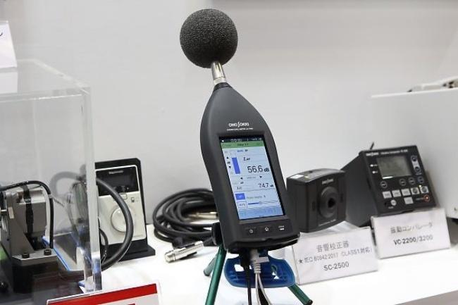 小野測器の高性能サウンドレベルメーターLA-7000シリーズ