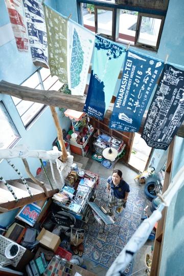 昭和30年代に建てられた衣料品店を「北村洋品店」として1年がかりで再生(写真:大槻純一)