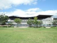 公園内にある京都水族館(写真:編集部)