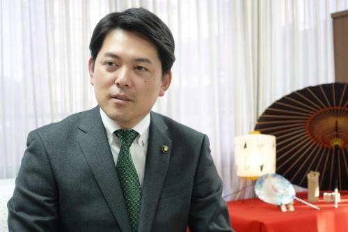 柴橋正直市長(写真:日経BP 総合研究所)