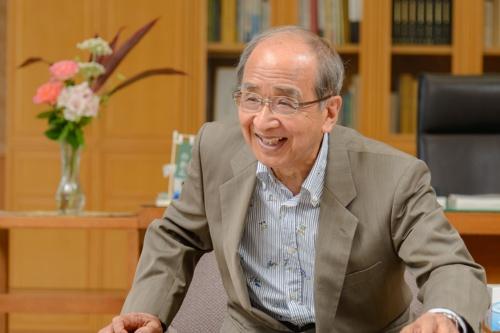 広瀬勝貞・大分県知事(写真:山本 巌)