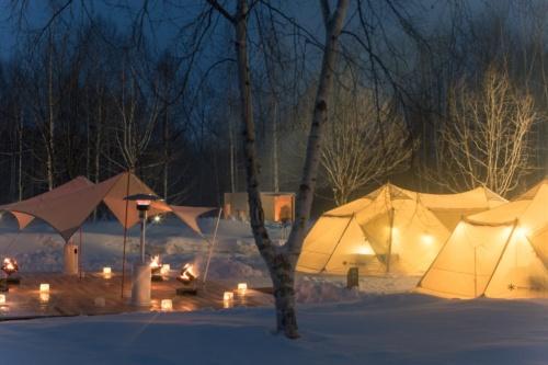 スノーピークが2月に開催した「十勝グランピングモニタリングプログラム」(写真:スノーピーク)