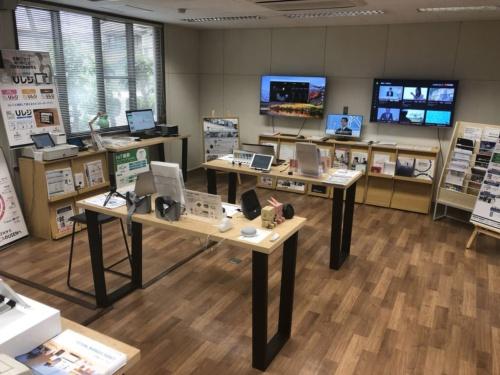 佐賀県産業スマート化センターのショールーム(写真提供:佐賀県)