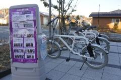 図4●「みんなの交流館 ならはキャンバス」のサイクルポート。楢葉町の中心部にある復興拠点「笑ふるタウンならは」内にある