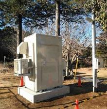 白井中学校敷地内の直流供給設備
