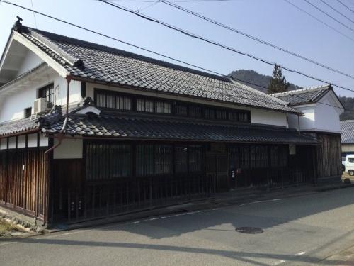利用できる賃貸住宅の例。兵庫県丹波篠山市福住の古民家(写真:JR西日本)
