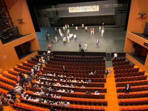 3階席から舞台を見下ろす(写真:日経BP総研)