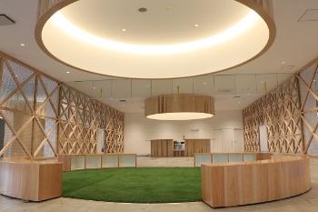 カフェを併設した市民の共有スペース(出所:宇城市)
