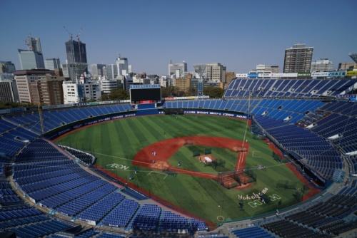 屋上テラス席から見下ろしたスタジアム(写真:日経BP)
