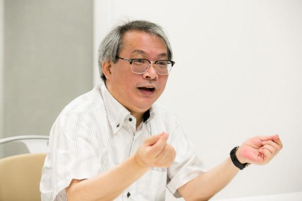 東京大学大学院工学系研究科音声病態分析工学講座の徳野慎一特任教授(写真:的野 弘路)