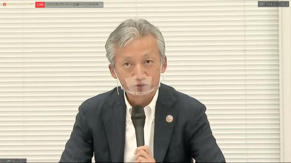 沖縄セルラー電話代表取締役副社長の菅氏