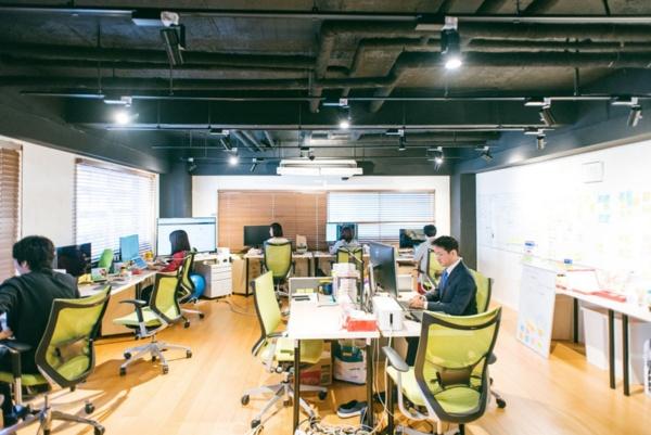 今回訪問した恵比寿駅近くにあるオフィス。社名の通り、「ラボ」という印象を受けた(写真:川島 彩水、以下同)