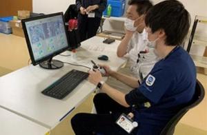 医療従事者によるロボット操作状況(出所:プレスリリース)