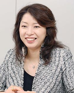 INAX経営管理本部 人事・総務部「EPOCH女性活用推進室」室長の桑原靖子さん(写真:皆木 優子、以下同)
