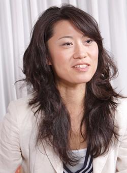 民芸の山白屋3代目の真淵智子さん