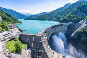 ベース電源には水力や石炭火力、原子力などが相当する