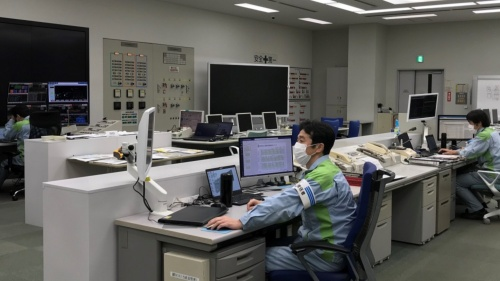 JERAは中央制御室の運転員を感染から守るべく対策を講じている