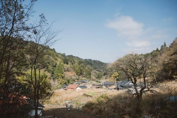 豊かな里山と共生する五木村の集落。有名な「五木の子守唄」」はこの土地の発祥(写真提供:日添、以下同)