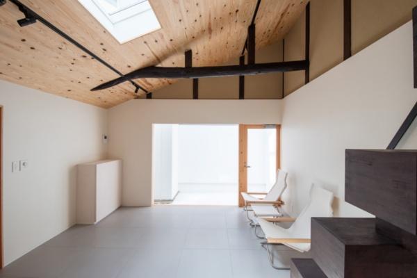 モダンな空間に一新させた「アトリエに暮らす」(2019年8月改修)(写真提供:八清)
