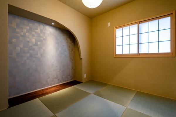 「文のいおり」(2019年11月改修)。和モダンのテイストで室内をまとめた(写真提供:八清)