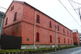 現在も前橋駅前に残っている田中町レンガ倉庫(写真:青木 桂子)