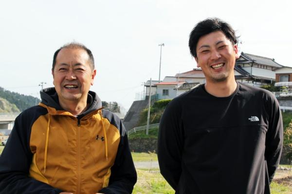 三陸ラボラトリ代表取締役社長の佐々木芳和さん(左)と取締役専務の佐々木和也さん(右)。芳和さんはいわて水産持続化共同企業体の事務局長でもある(写真撮影:中島有里子、以下特記なき写真は同じ)