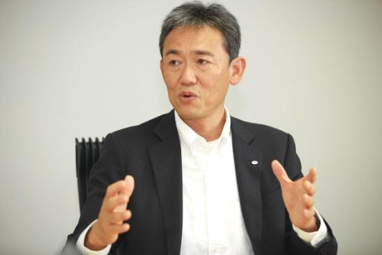 デンソー アドバンストセーフティ事業部長 常務役員の隈部肇氏(写真:西田哲士)