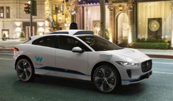 ウェイモとジャガー・ランドローバーが共同開発するI-PACEベースのロボタクシー(出所:ウェイモ)