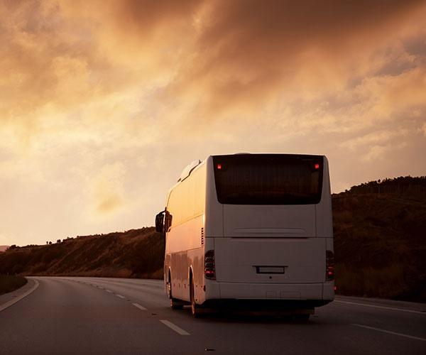 「自動運転はバス会社の強み奪う」 路線バスの未来