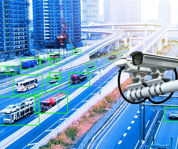 「自動運転車の社会実装、遠隔監視は必須」ZMP社長