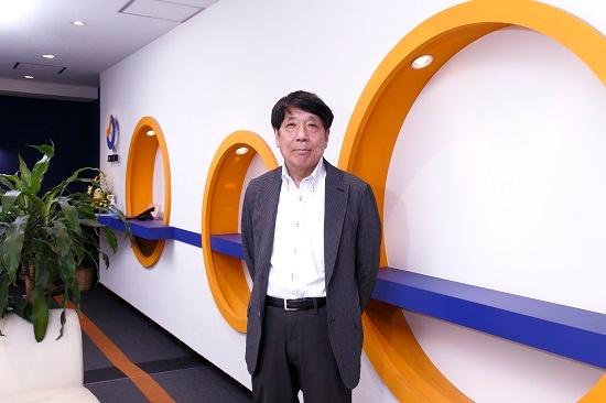 佐藤俊和(さとう・としかず)氏:東京大学工学系大学院修士課程修了。大学在学中にコンピュータに興味を持ち、修士課程修了後、オフィスコンピューターを開発していたベンチャー企業に就職。1979年にジョルダン情報サービス(当時、現ジョルダン)を設立。ソフトの受託開発や商品開発を手掛けながら、1993年に「東京乗換案内」を開発・販売。機能を拡張しながら、パソコン、インターネット、携帯電話上で提供する。