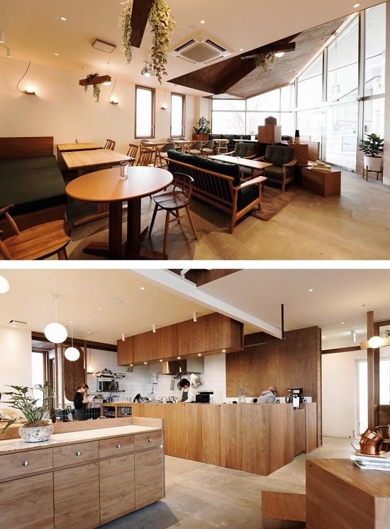 (写真2)「CAFÉ & SPACE L.D.K.」のカフェスペース(写真上)。神奈川県産のスギ材を用いた温かみのある造り。キッチン部分はオープンな造りで開放感にあふれる(写真下)。この奥に、レンタルスペースが並ぶ(画像提供:小田急不動産)
