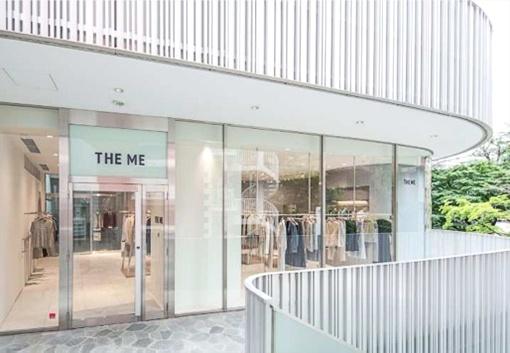 東京・表参道の喧騒(けんそう)から少し入り、落ち着いた雰囲気の一角に建つビルの2階にある「THE ME」の直営店(画像提供:THE ME)