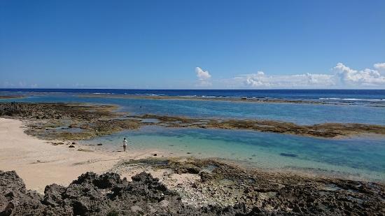 沖永良部島の海(写真提供:インクルーシブデザイン・ソリューションズ)