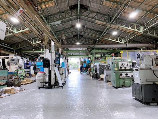 浪速工作所の工場内観