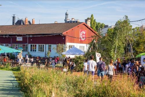 フランス国鉄貨物駅跡地に木を植え、人々の集まる楽園に変えた(写真:@Adrien Roux)