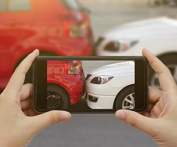 アプリ上で完結するタイの自動車保険サービス 事故のトラブル解決や渋滞緩和に貢献