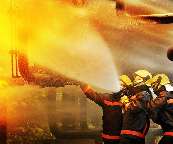 ボランティア隊員を効率的に管理・招集 ドイツ発、緊急時の人員マネジメントシステム