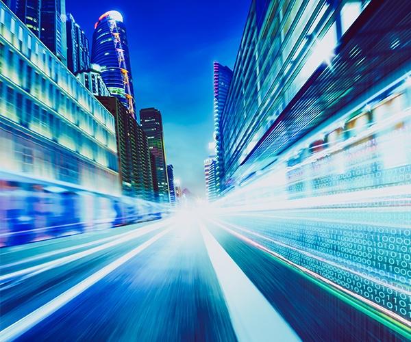 モビリティ変革とともに進化する道路 道路以外の役割も担う