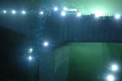 (図4)LEDを使った構造物の夜間計測の例