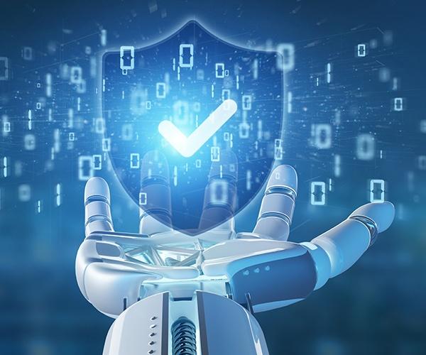 警備ロボットは人間を守ってくれるのか 人手不足が顕著な警備業界の切り札
