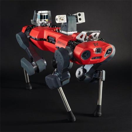 (写真1)ETH ZurichからスピンオフしたANYboticsが開発した四足歩行ロボット「ANYmal C」(ANYboticsのインスタグラムより引用)