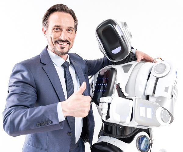 テレワークの仕事を拡張するアバターロボット 建設業や接客業などでも適用可能