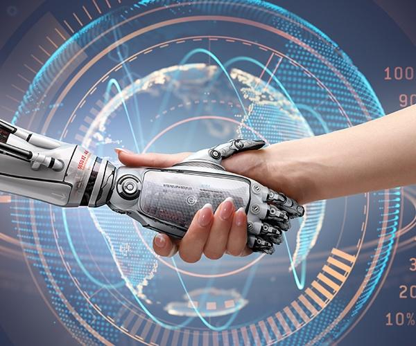 """人間とロボットは友達になれるか コミュニケーションロボットの""""今""""(前編)"""
