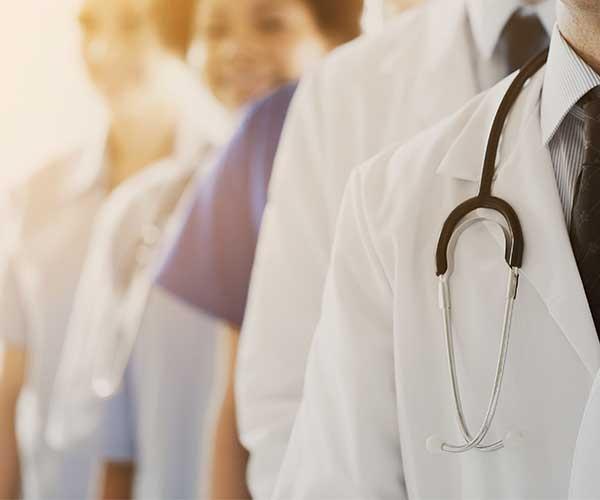 医療・看護スキルもシェアリングの時代 医師の知を集めスマホで簡単相談