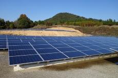 インドMoser Baer Solar社製の太陽光発電パネル